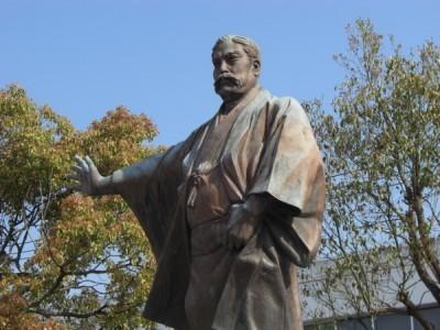 歴史に触れることもできます。 安芸市は三菱財閥の創立者である岩崎弥太郎の出身地として有名です。この機会に歴史に触れてみるのもいいですね。 また阪神タイガースが春季キャンプを行っているので時期が合えば見られるかも!