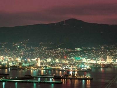 イベントや観光スポットが盛り沢山!世界新三大夜景に認定された、長崎の夜景を楽しんだり、長崎ちゃんぽんを味わったり。他にも言い切れないほどお楽しみスポットが存在します。あなたならどこに行きますか!?