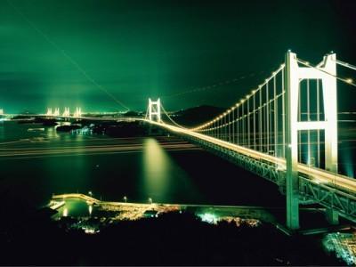 瀬戸大橋をのぞむ夜景は、まさに絶景です!ロマンチックな夜のひと時を、合宿を通してできたお友達と一緒に楽しんではいかがでしょうか?
