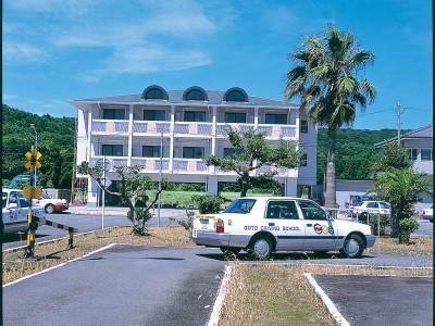 校内にある宿泊施設。オーシャンビューでリゾート気分を満喫してください♪