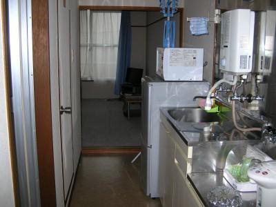 アパートタイプの男性宿舎です。無線LANが通っているのでPC持参でインターネットも利用できます!貸し自転車もあるので空き時間に便利です!