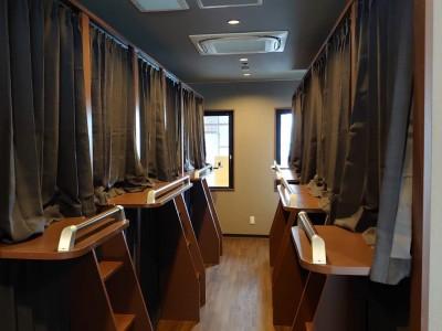 女性専用の校内宿舎は2020年2月に完成したばかり! 清潔感のある現代的なカプセルタイプのお部屋です★ 女性専用なので安心ですね!