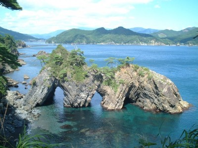 日本百景の高田松原 日本百景にも数えられた高田松原は、震災で御存知の通り「奇跡の1本松」になりました。力強く頑張っています。エールを送りませんか?