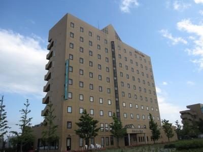 充実した宿泊施設。 学校は酒田市の中心地近くにあり、周辺の宿泊施設も充実しています。シングルプランはホテルの宿泊で快適です。