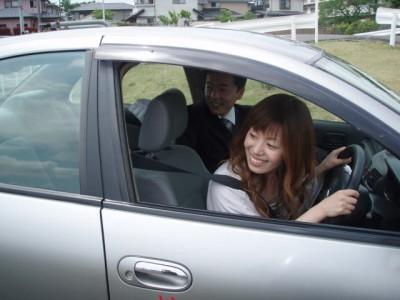 「無事故・無違反」そして「思いやりのある」ドライバーづくりを目指した、 親切・丁寧な教習がモットーの学校! 運転操作だけではなく交通社会人としてのマナーやルールも楽しく学べますよ。