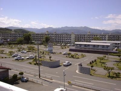 福島のキレイな空気に包まれた教習は、気分もスッキリしそうですね♪学校の近くには緑道や神社もあるため、空き時間に散歩してみてもいいかも。