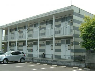 とにかく安く済ませたいという方のために、寮かマンションの相部屋プランもご用意。ホテルシングルプランと比べると5万円近くも差が出ます!