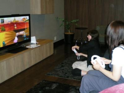 大陽猪名川自動車学校には女子サロンもあります!空いた時間に、女子サロンでゲームや雑談をすることができるのが嬉しいですね♪