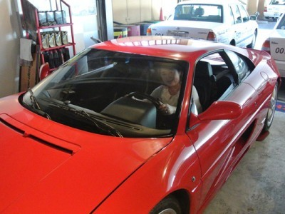 あぼし自動車教習所の教習車の中にはフェラーリも!入校特典として、「フェラーリ撮影会&シートライディング」が出来ちゃいます。憧れのフェラーリに乗れるなんて嬉しいですね♪