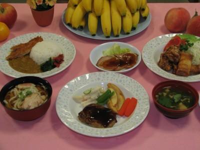 大宮自動車教習所での合宿で提供される食事は専用宿舎のレストランで。手作りでボリュームたっぷりの美味しいご飯が食べられます♪