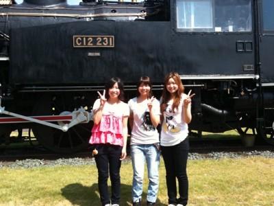 高速教習中に、何と蒸気機関車が出現!素敵な思い出の1ページに、ぜひ記念写真を撮っちゃいましょう。
