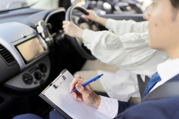 合宿免許と通いならどっちが良い?それぞれの特徴や違いは?