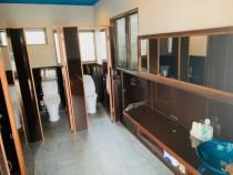 日本一綺麗なトイレを目指しています!内装は教習所の職員で手作りしました!