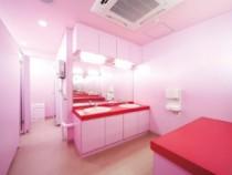 キレイなトイレで快適! 女性に嬉しい清潔感溢れるトイレ。快適にご利用いただけます。