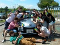 マツキドライビングスクール米沢松岬校の卒業生たちです!男女分け隔てなくこんなに仲良し。卒業時にはきっと友達も増えているはず♪