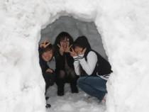 マツキドライビングスクールさくらんぼ校は降雪地域。雪が降ったら皆で雪だるまやかまくらを作るイベントもあります!童心に帰って楽しんじゃいましょう♪