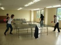 いわき湯本自動車学校には広い卓球場もあります!教習生だけじゃなく指導員が卓球に参加することも♪
