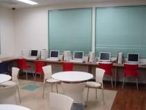 柳瀬橋自動車教習所の教習生は、宿泊施設のインターネットルームも無料で利用可能です!1人でゆっくりしたい方には特におすすめ♪