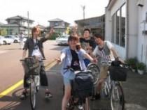 自転車も無料で貸出しています。教習のない日や空き時間には、鶴岡公園や致道博物館など、鶴岡の街を自転車で観光してみましょう!