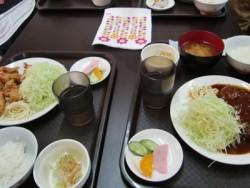千葉マリーナ・ドライビングスクールが提携している食堂は地元で評判のお店。おいしくてボリューム満点!お腹も満足できそうです♪