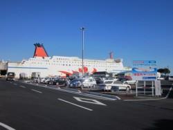 志布志港には、大阪からの「フェリーさんふらわあ」も到着するので、関西地域の方も入校しやすいですよ!