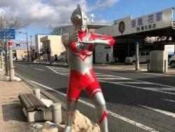 須賀川市は円谷英二監督の故郷なので町中ではウルトラマンと沢山出会えますよ♪