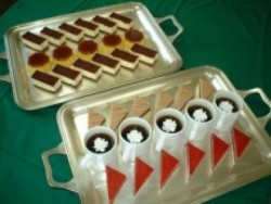 陸前高田ドライビングスクールの宿舎・マイウスとユニウスに宿泊した方は週に一度ステーキか海鮮のディナーが楽しめます!ケーキバイキングも魅力的♪