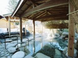 「温泉でリフレッシュ♪」自動車学校近くのの温泉無料チケット希望者にプレゼント! 露天風呂も大人気です♪地元の方にも大人気の温泉です!ぜひ教習の疲れを癒してくださいね!