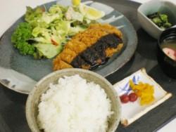 お米が美味しいことで有名な新潟。もちろん食事にも新潟県産のお米が使われています♪合宿を乗り切るためにもたくさん食べてくださいね。