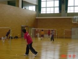 近隣施設も利用可能。近隣には体育館があり、テニス・バドミントン・バスケットボール・卓球などが楽しめます。(100円/1人1時間)教習の空き時間にリフレッシュしてください。