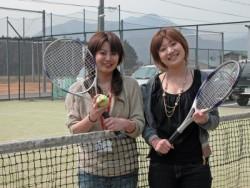 空き時間も充実。教習所内にテニスコート・フットサルグラウンド・カラオケルームと施設が充実!これなら2週間はあっという間ですね(カラオケのみ有料)。