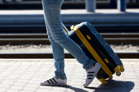 合宿免許に行くときに必須?スーツケースの大きさは?